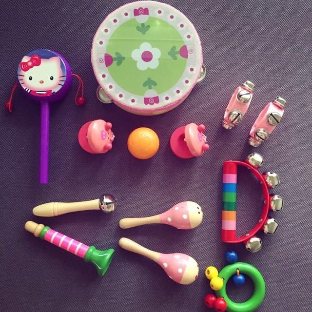 Bộ đồ chơi cảm thụ âm nhạc 13 chi tiết cho bé từ 0+