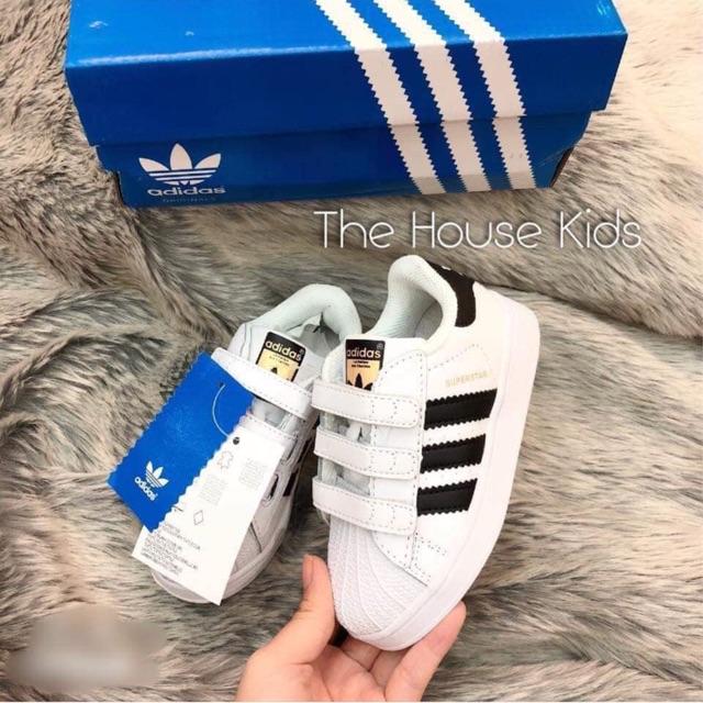 Giầy adidas xuất y hình chụp có sẵn giá sale