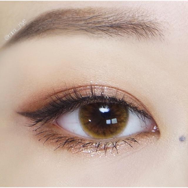 Kính Áp Tròng Hàn Quốc Lens Vassen - Nâu Vàng
