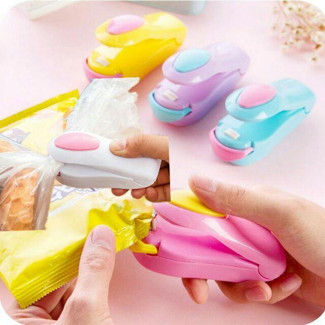 Máy hàn miệng túi mini dập tay dùng pin - 2657258 , 735866362 , 322_735866362 , 36000 , May-han-mieng-tui-mini-dap-tay-dung-pin-322_735866362 , shopee.vn , Máy hàn miệng túi mini dập tay dùng pin