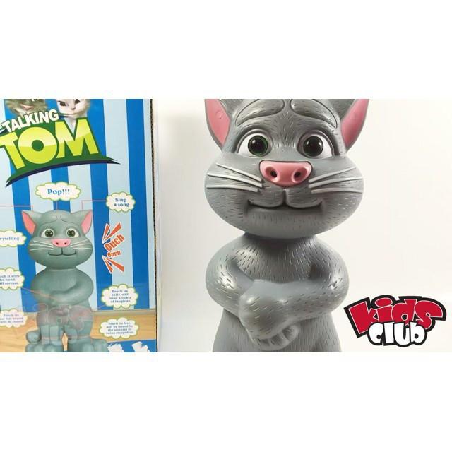 Mè Tom biết nói, hát, kể chuyện