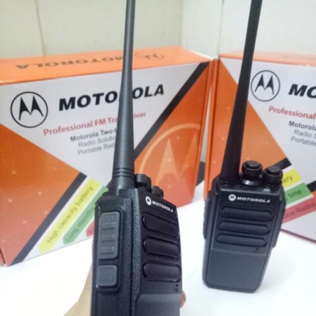 Máy bộ đàm Motorola cp-820