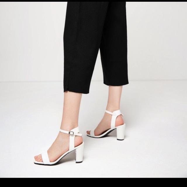 Sandal Daphne( sẵn đen 35-36-37)
