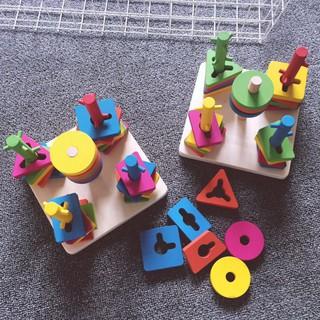 [GIÁ SỈ] Bộ thả hình 5 cột khối – Đồ chơi giáo dục gỗ an toàn cho bé
