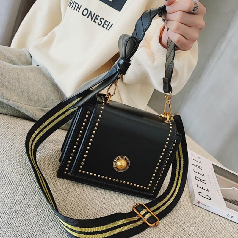 Ins port wind retro small bag female 2018 new wave Korean fa