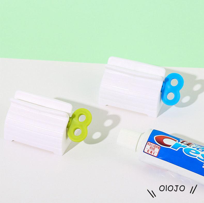 Dụng cụ kẹp hỗ trợ lấy tuýp đánh răng chuyên dụng cao cấp