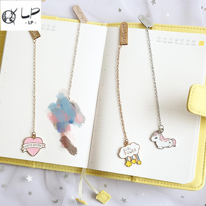 Creative beautiful girl heart metal pendant bookmark unicorn