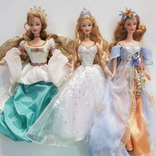 Búp bê barbie holiday angel đã sử dụng