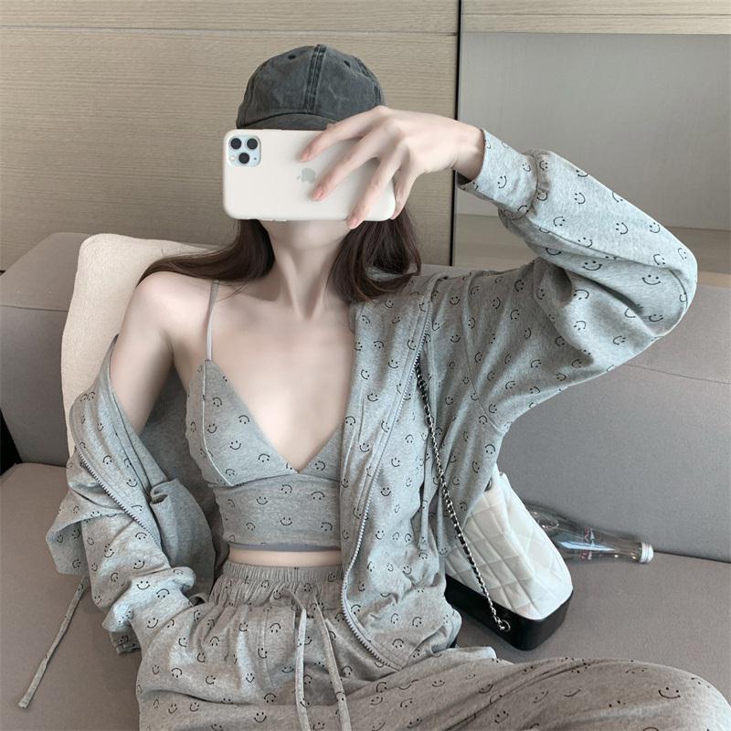 Mặc gì đẹp: Thoải mái với  Set Đồ Thể Thao/ Áo Khoác Trẻ Trung Năng Động Cho Phái Nữ