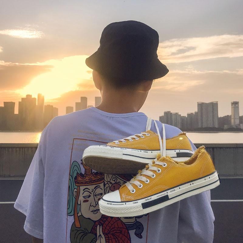 Giày vải chất thoáng mát màu vàng GS129229