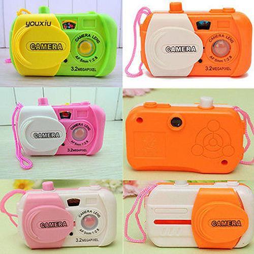 Máy ảnh đồ chơi bằng nhựa xinh xắn dành cho các bé - 21777756 , 2118910821 , 322_2118910821 , 22000 , May-anh-do-choi-bang-nhua-xinh-xan-danh-cho-cac-be-322_2118910821 , shopee.vn , Máy ảnh đồ chơi bằng nhựa xinh xắn dành cho các bé