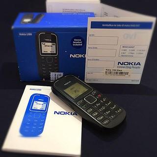 bigsale-điện thoại nokia 1280 ĐỦ PHỤKIỆN giá rẻ.độc_cổ_zin_lead nháy-6300-6700-e72-e71-105-230-8800-2730-1202-v3i-3310