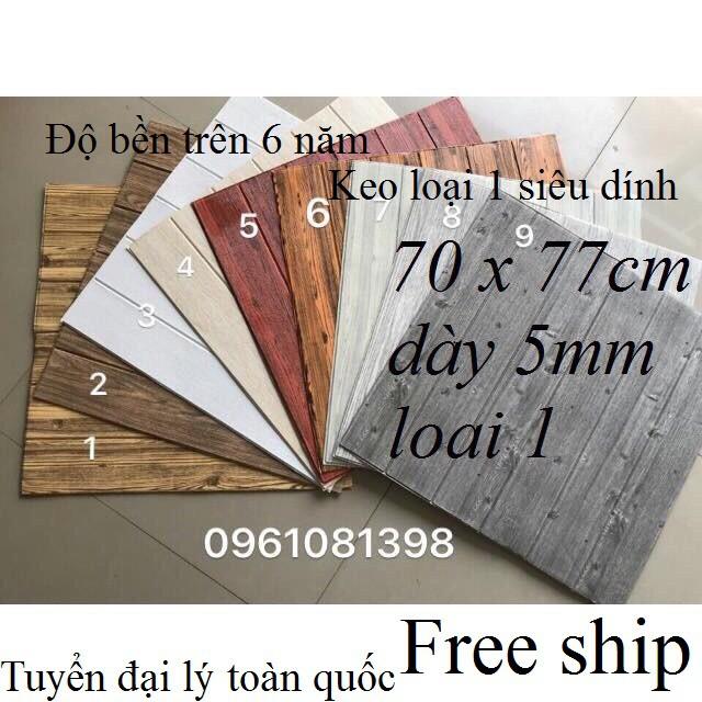 Xốp dán tường giả gỗ khổ 70x77cm dày 5mm