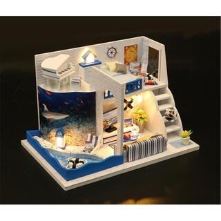 Mô hình nhà DIY Doll House Âm Thanh Của Biển M040 Kèm Đèn LED Kèm MICA chống bụi