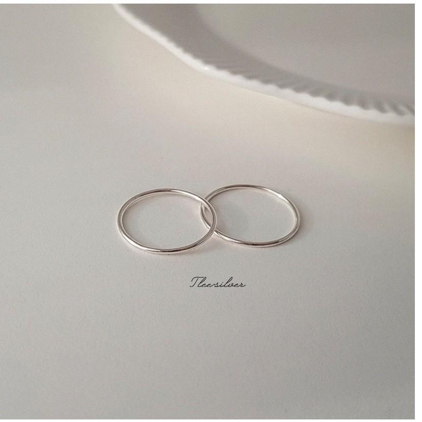 Nhẫn bạc Tlee, nhân tròn trơn basic cá tinh, đơn giản – Tleesilver
