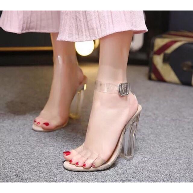 Sandal nữ quai trong 9p
