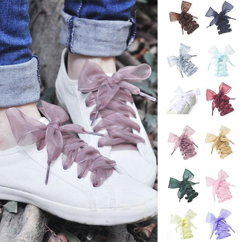 Dây cột giày sneaker nhiều màu sắc độc đáo thời trang