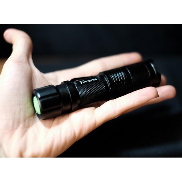 Đèn pin siêu sáng Police TM-98