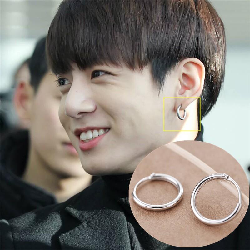 Khuyên tai tròn trơn giống BTS Jungkook bằng bạc có sẵn