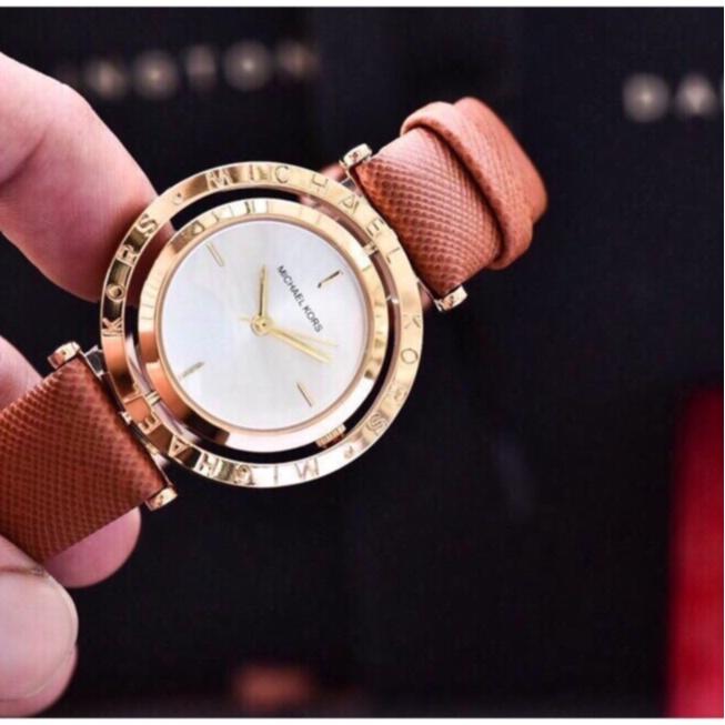 Đồng hồ nữ Michael Kors dây da mềm đẹp thanh lịch trẻ trung