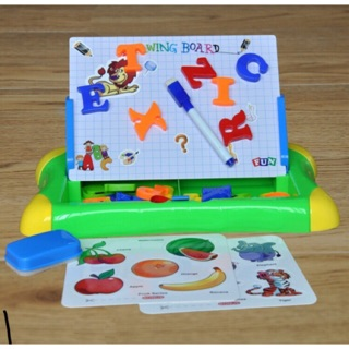 bộ dụng cụ học tập cho bé