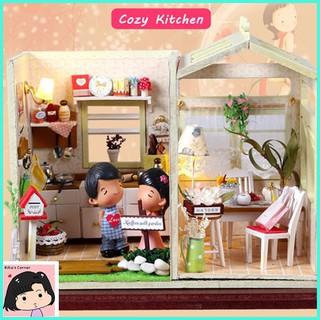 """Mô Hình Nhà Gỗ DIY """"Nhà bếp sân vườn"""""""