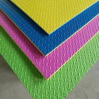 Thảm xốp lót sàn – lô 10 tấm 100x100cm
