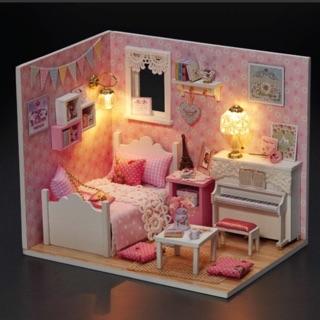Nhà búp bê có đèn, mica – Sunshine Princess