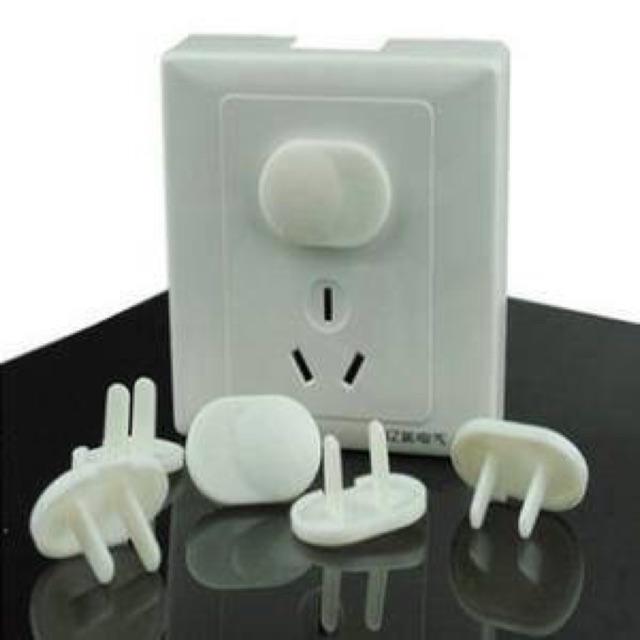 10 nút ổ cắm điện an toàn cho bé