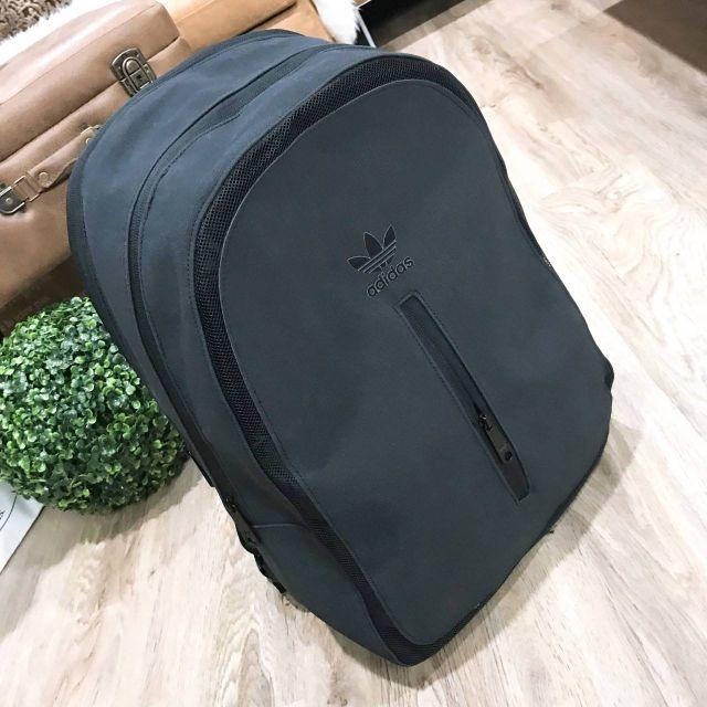 0fd55d95941d Adidas Originals Essential Backpack 2018 แท้💯% outlet กระเป๋าเป้ใบใหญ่  Unisex(หนังเทา)