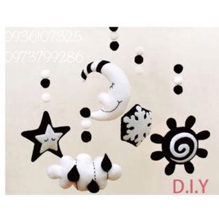 Treo nôi đen trắng hình hoa tuyết