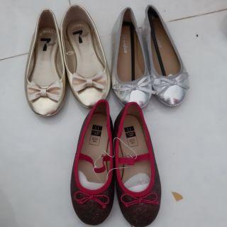 Combo giày cho khách