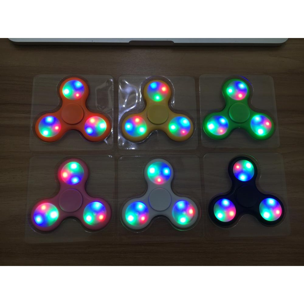 Combo 10 Con Quay Giảm Stress Hand Spinner Đèn led - 3136839 , 302631960 , 322_302631960 , 500000 , Combo-10-Con-Quay-Giam-Stress-Hand-Spinner-Den-led-322_302631960 , shopee.vn , Combo 10 Con Quay Giảm Stress Hand Spinner Đèn led