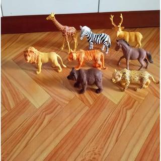 Túi 8 con vật bằng nhựa trong thế giới động vật