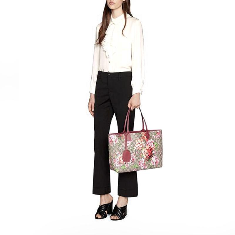 Gucci Gucci ใหม่คู่ GG พิมพ์ PVC กระเป๋าสะพายกระเป๋าคู่ 368568 CU710