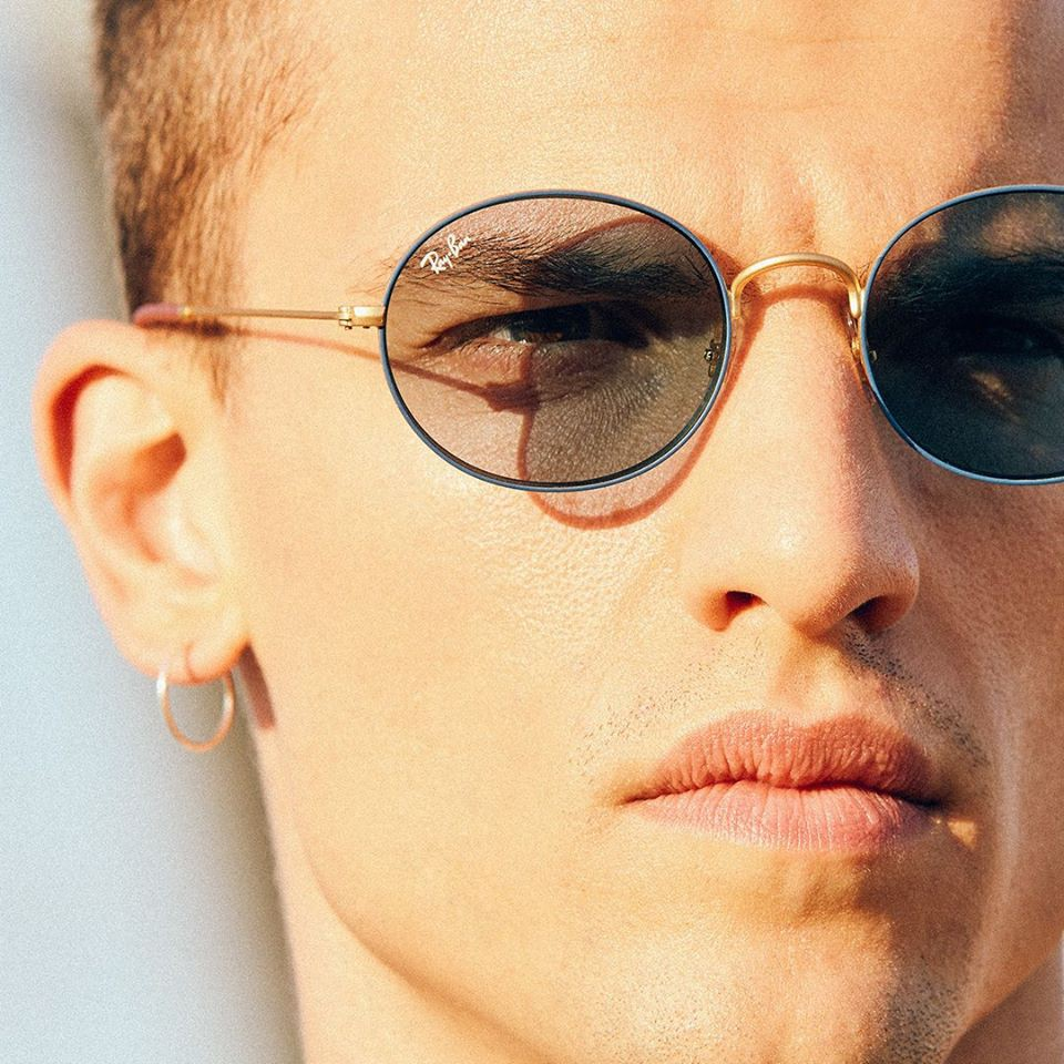 Kính râm Rayban Unisex Beat collection gọng tròn trong suốt trend 2020!