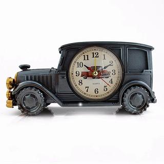 Đồng hồ để bàn hình xe hơi cổ điển