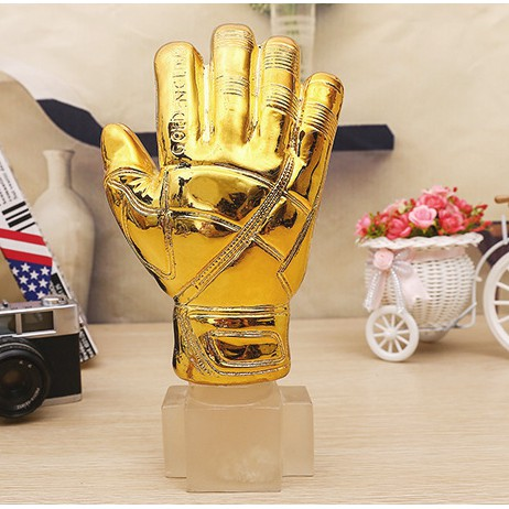 Mô hình cup cúp găng tay vàng