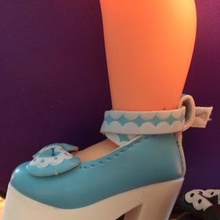 giày tím( nguyenquynh)