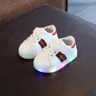 [HOT]Giày có đèn Led 03 sọc Ong cho bé trai và bé gái