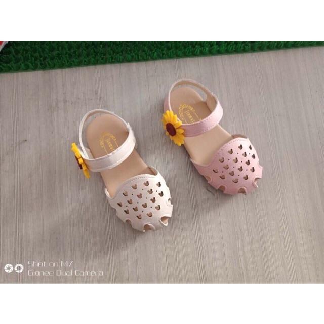 [Sen_xanh] Giày bít mũi cho bé gái - 2511104 , 1049883990 , 322_1049883990 , 220000 , Sen_xanh-Giay-bit-mui-cho-be-gai-322_1049883990 , shopee.vn , [Sen_xanh] Giày bít mũi cho bé gái