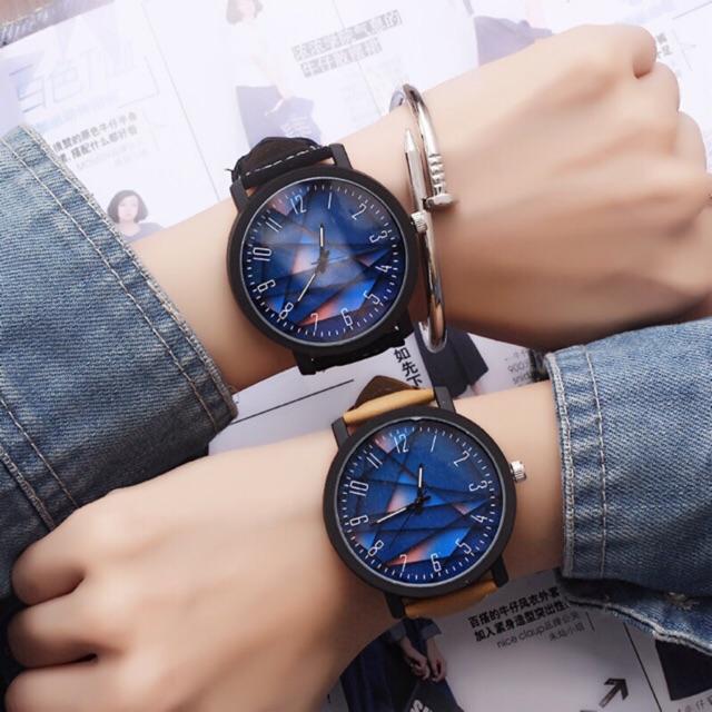 Đồng hồ unisex dây da kiểu dáng thể thao size to
