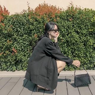 Áo blazer tay dài trơn hai túi Liz blazer