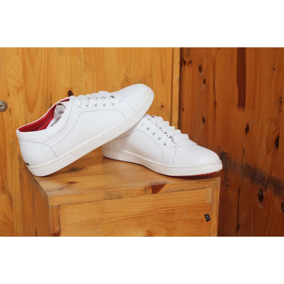 Giày da thật màu trắng sành điệu