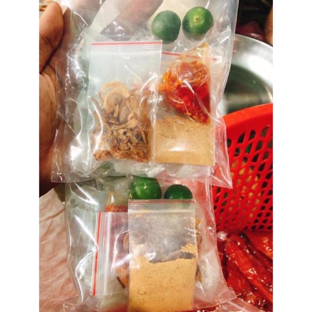 Bánh trắng phơi sương 1 bịch 110gram-120gram , muối nhuyễn, sate, tắc túi zip lẻ 11k!