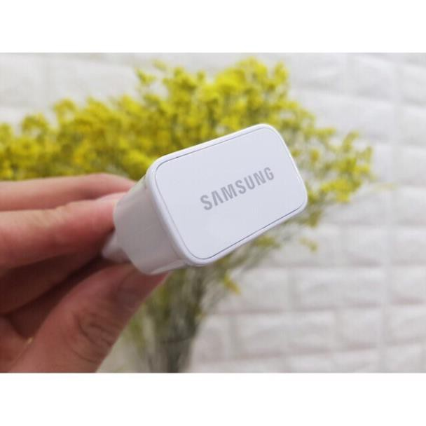 Củ Sạc Nhanh Samsung Tặng Kèm 1 Dây Cáp Sạc