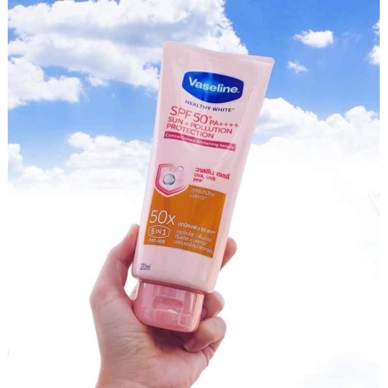 Sữa Dưỡng Thể Trắng Da Vaseline 50x SPF50+ PA++++