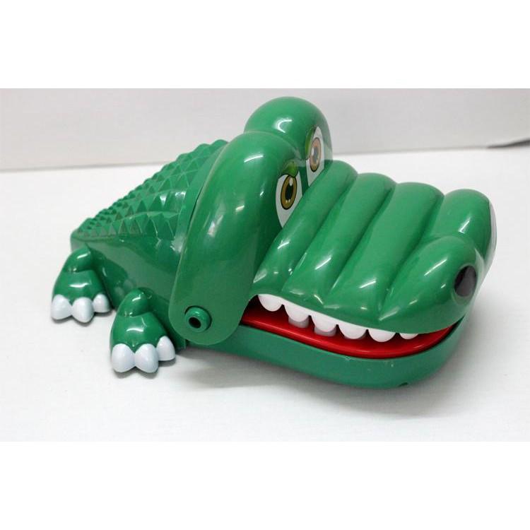tongkhohanoi_ Đồ Chơi Cá Sấu Cắn Tay – Khám Răng Cá Sấu – Loại Siêu Lớn 2035