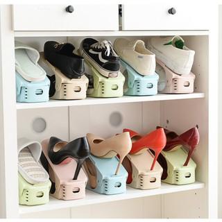 Yêu Thích[Mã HLXU1111 hoàn 20K xu đơn 50K] Kệ xếp giày bằng nhựa tiện lợi