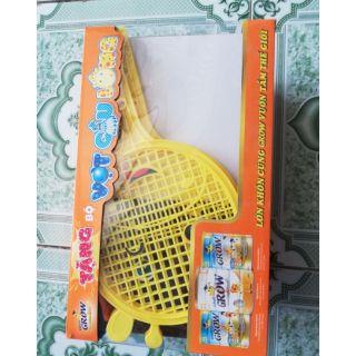 Quà tặng vợt cầu lông cho bé ( hàng tặng từ Abbott)